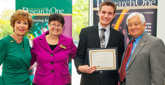 USF System President Judy Genshaft, USF Libraries Director of Academic Services and donor Nancy Cunningham, award recipient Anthony Cilluffo, and Dean of Undergraduate Studies Bob Sullins